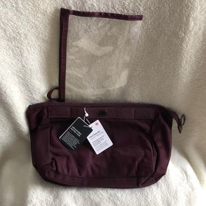 NWT Lululemon cosmetic pouch